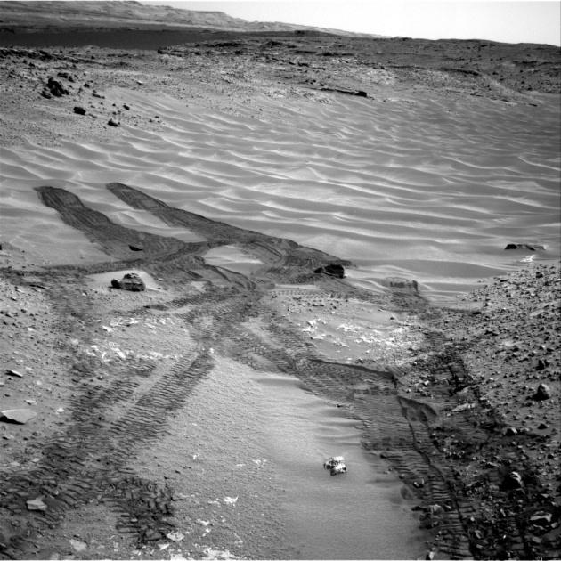 Down Northeastern Ramp into 'Hidden Valley' on Mars